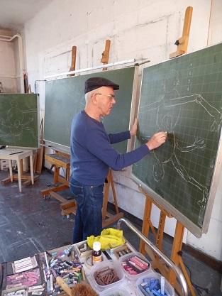 Roland Sohier at work in his studio